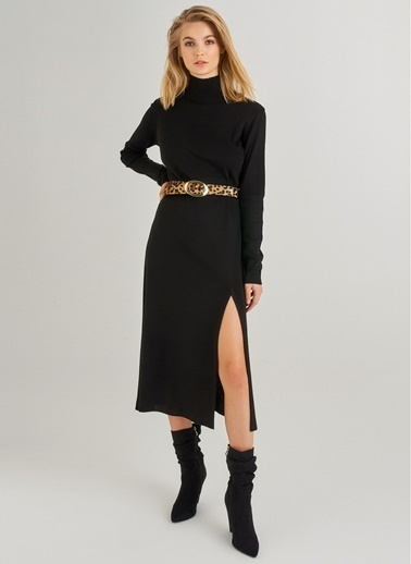 Monamoda Yırtmaçlı Midi Triko Elbise Siyah